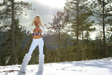 Cara_in_snow