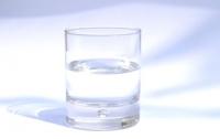Glassofwater_2